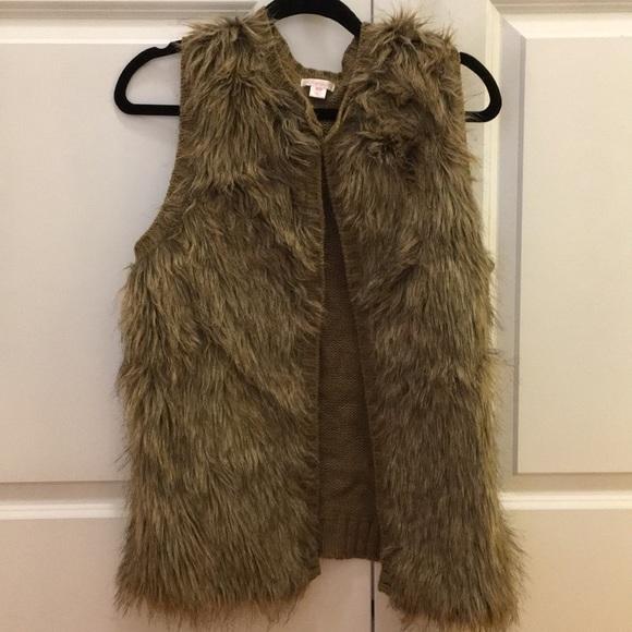 Xhilaration Jackets & Blazers - Faux fur vest